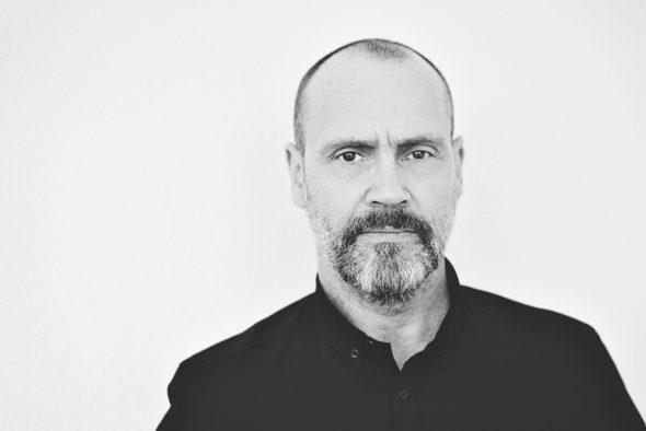 Simon Beckett (Bild: Rowohlt Verlag)