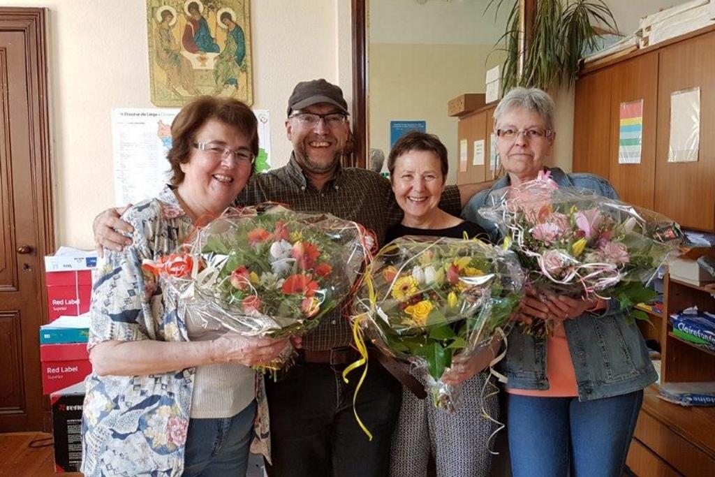 Pfarrsekretariat Montzen-Plombieres: Marie-Jeanne, Pfarrer Alfred Brodel, Danny und Marie-Thérèse (Foto: Pfarramt)