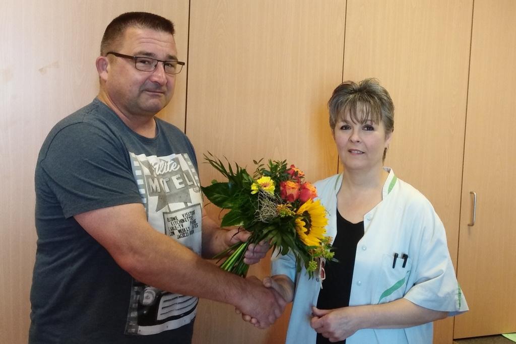 Raumpflegeaktion 2019: Hausmeister Uwe Chemnitz und Alexia vom Seniorenheim St. Vith (Foto privat)