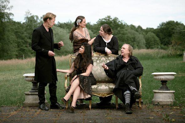"""Ensemble """"Über den Wolken"""" (Bild: Christian Palm)"""